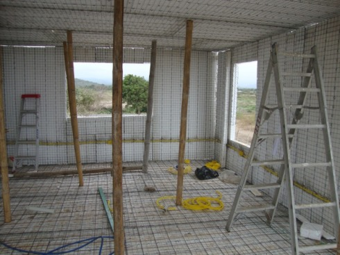 home construction in puerto cayo ecuador