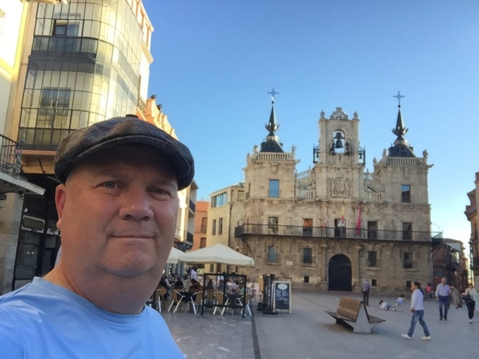 Enjoying time in the square at Astorga. We got a hotel that night. So nice to have clean sheets and towels. Plus, I'm sporting gentleman's cap I couldn't resist in Burgos. My one big splurge for 60 euros.